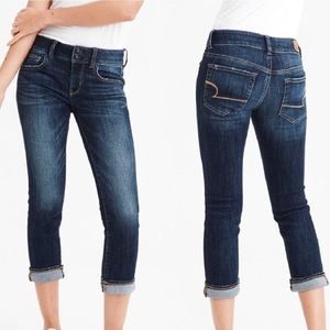 NWT AEO Artist Crop Stretch Jeans 6 Jeweled Blue